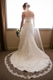 Romantisch Größe angepasst werden kann Spitze Spitze Herbst Hochzeitsschleier