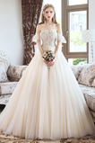 Schnüren A Linie Tau Schulter Appliques Mit geschlossenen Ärmeln Hochzeitskleid