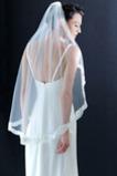 Größe angepasst werden kann Mit Kamm Spitze Elfenbein Luxus Hochzeitsschleier