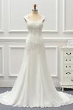 Juwel akzentuiertes Mieder Fegen zug Einfach Platz Brautkleid