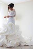Kaskadierende Rüsche V-Ausschnitt Organza Mehrschichtig Brautkleid