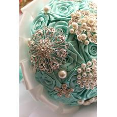 Diamant-Perle in der hand der Band Blumen rose Band Braut Strauß mit Blume