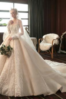 Spitze Jahrgang Königlicher Zug Winter Juwel akzentuiertes Mieder Brautkleid