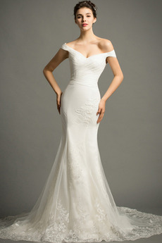 Lange Zierlich Natürliche Taille Mit geschlossenen Ärmeln Spitze Brautkleid