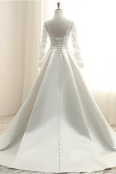 Juwel Lange Strand Bow Illusionshülsen Satiniert Hochzeitskleid