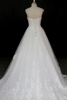 Satin Sommer Ärmellos Spitze Trichter Natürliche Taille Klassische Brautkleid