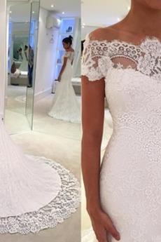 Tüll Birne Appliques Hoch bedeckt Fest Natürliche Taille Brautkleid