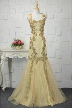 Mehrschichtig Fallen Trichter Breite Riemen Hochzeit Abendkleid
