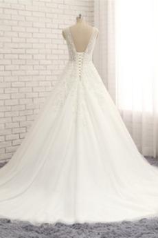 v-Hals Tüll A Linie Kirche Natürliche Taille Winter Brautkleid