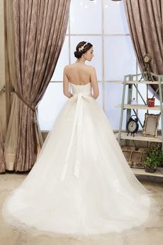 Formalen Ärmellos Schnüren Tüll Natürliche Taille Hochzeitskleid