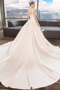 Lehnenlose Frühling Natürliche Taille Spitzenüberlagerung Hochzeitskleid