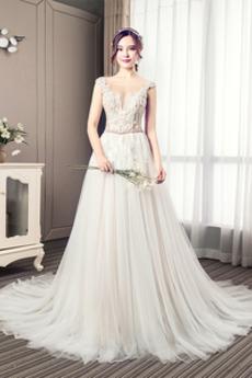 A Linie Halle Fegen zug Spitzenbesatz V-Ausschnitt Brautkleid
