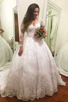 Tüll Natürliche Taille Klassisch Hof zug Lange Ärmel Brautkleid