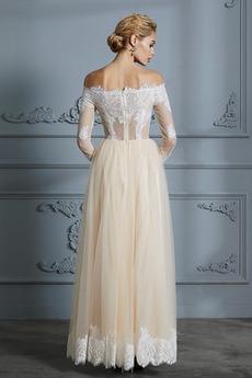 Illusionshülsen Appliques Reißverschluss Lange Ärmel Brautkleid