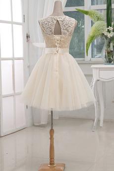 Spitze Knielänge Prinzessin Ärmellos Hochzeit Trauzeugin kleid