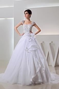 Natürliche Taille Lange Juwel akzentuiertes Mieder Brautkleid