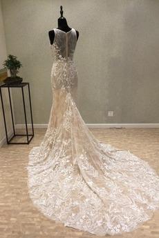 Gericht Zug Drapiert romantische Juwel Dünn Spitze Hochzeitskleid
