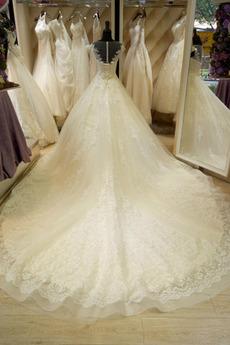 Kurze Ärmel Mit geschlossenen Ärmeln Formalen Trichter Brautkleid