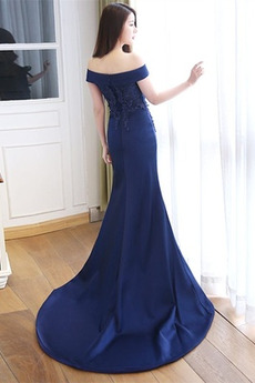 Satiniert Fegen zug Reißverschluss Bördeln Schöne Abendkleid