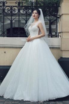Schlüsselloch zurück Natürliche Taille Juwel Tüll Brautkleid