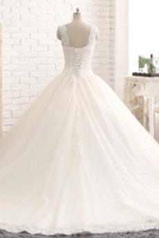 Spitzenüberlagerung Fallen Lehnenlose Ärmellos Spitze Brautkleid