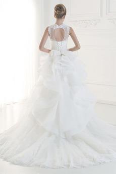 Gericht Zug Natürliche Taille Gefaltete Mieder Spitze Brautkleid