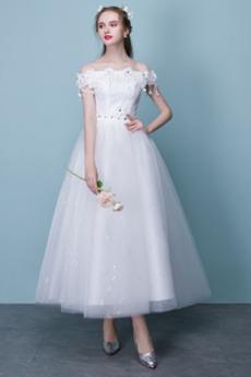 Teelänge Glamourös A Linie Tau Schulter Draussen Tüll Brautkleid