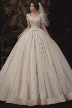 Fallen Juwel akzentuiertes Mieder Trichter Schlüsselloch Rücken Brautkleid