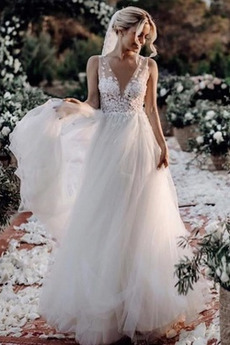 Ärmellos Einfach Draussen Tiefer V-Ausschnitt Durchschauen Brautkleid