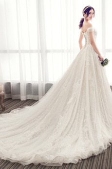Natürliche Taille Kapelle Zug Tau Schulter Fallen Brautkleid