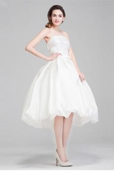 Satiniert Natürliche Taille Sommer Frenal Trägerlose Brautkleid