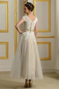 Teelänge Natürliche Taille Spitze Brautkleid mit kurzen Ärmeln