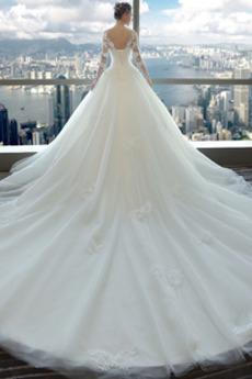 Illusionshülsen Appliques Scoop Natürliche Taille Winter Brautkleid