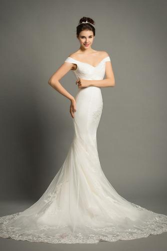 Lange Zierlich Natürliche Taille Mit geschlossenen Ärmeln Spitze Brautkleid - Seite 2