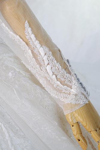 Königlicher Zug Natürliche Taille Trichter Klassische Brautkleid - Seite 3