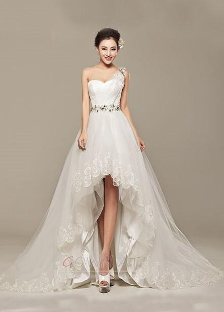 Einfache Brautkleider