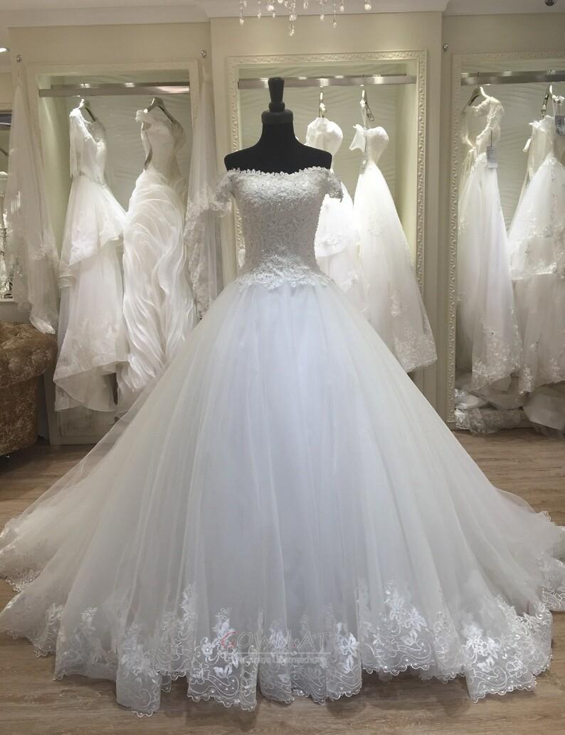 Spitze Brautkleider