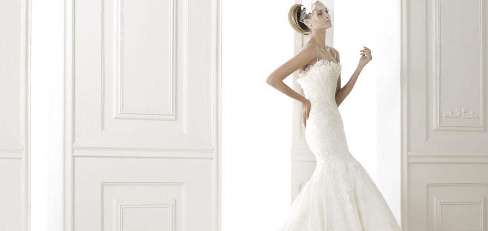 Hochzeitskleider und billige Kleider für Event - gown.at